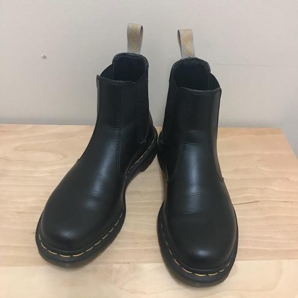 Neueste Mode neues Konzept hochwertiges Design Dr.Martens 2976 Vegan Chelsea Boots